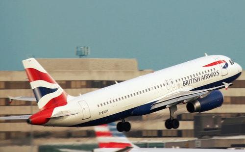 出国旅游常用英语口语900句大全(6):登机口语2.jpeg