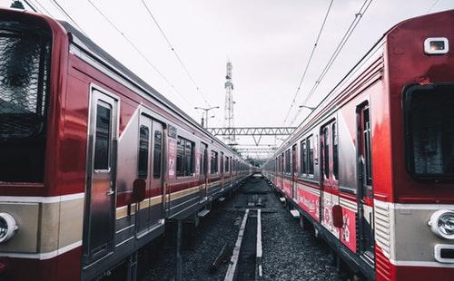 出国旅游常用英语口语900句大全(8)搭火车.jpeg