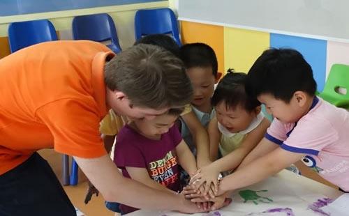 小学生学英语微课堂(八):常见句型3.jpg